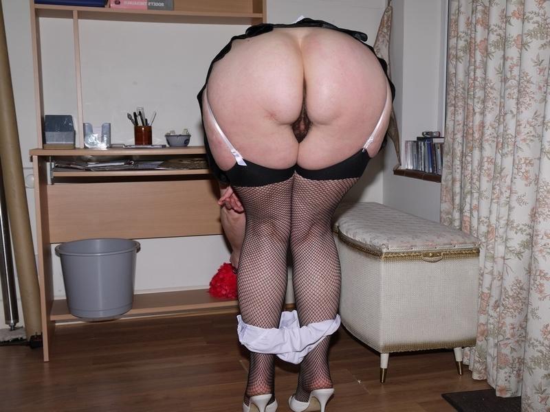 черная служанка в ретро порно