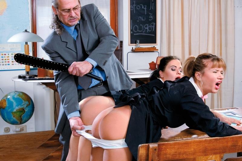Учитель порвал попку студентке 12 фотография