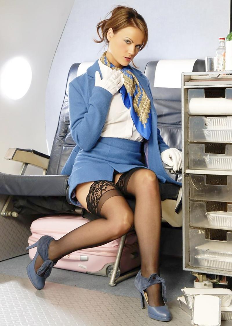 Стюардесса в колготках фото 10 фотография