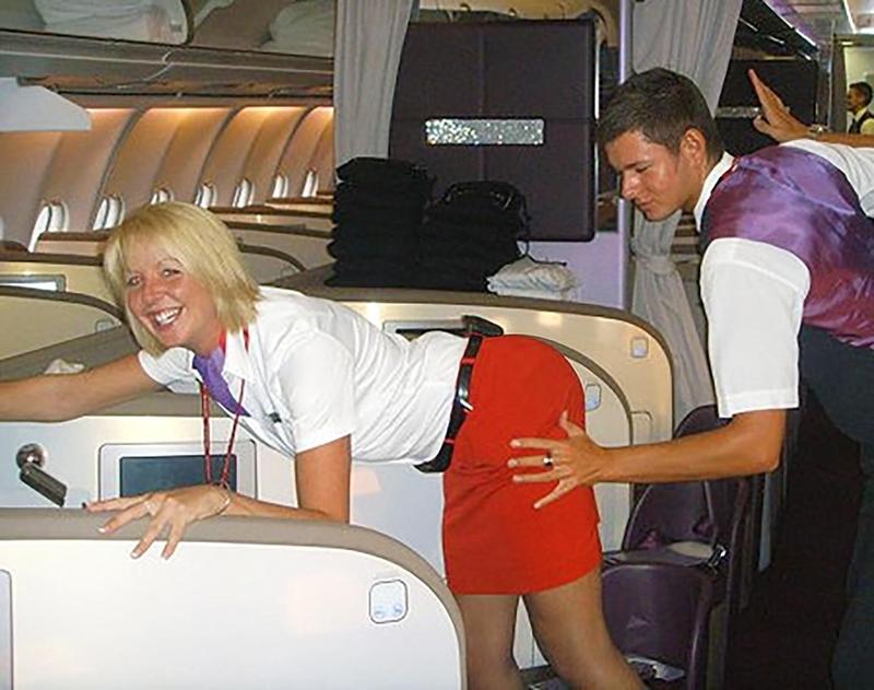 Фото стюардесс в юбках 1 фотография