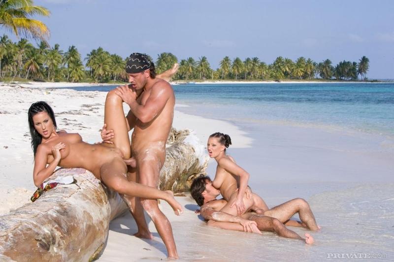 остров секса смотреть онлайн живот, груди