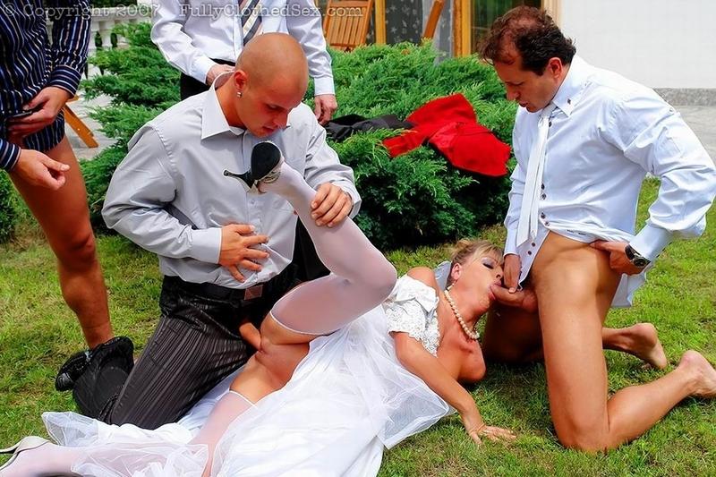 свингеры секс в банкетном зале группа свадьба порно анал поговорка утверждает