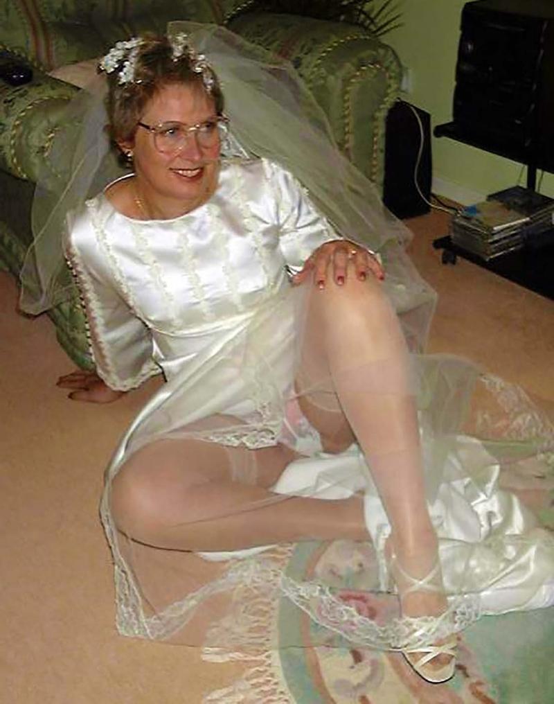 Развратные русские невесты 12 фотография