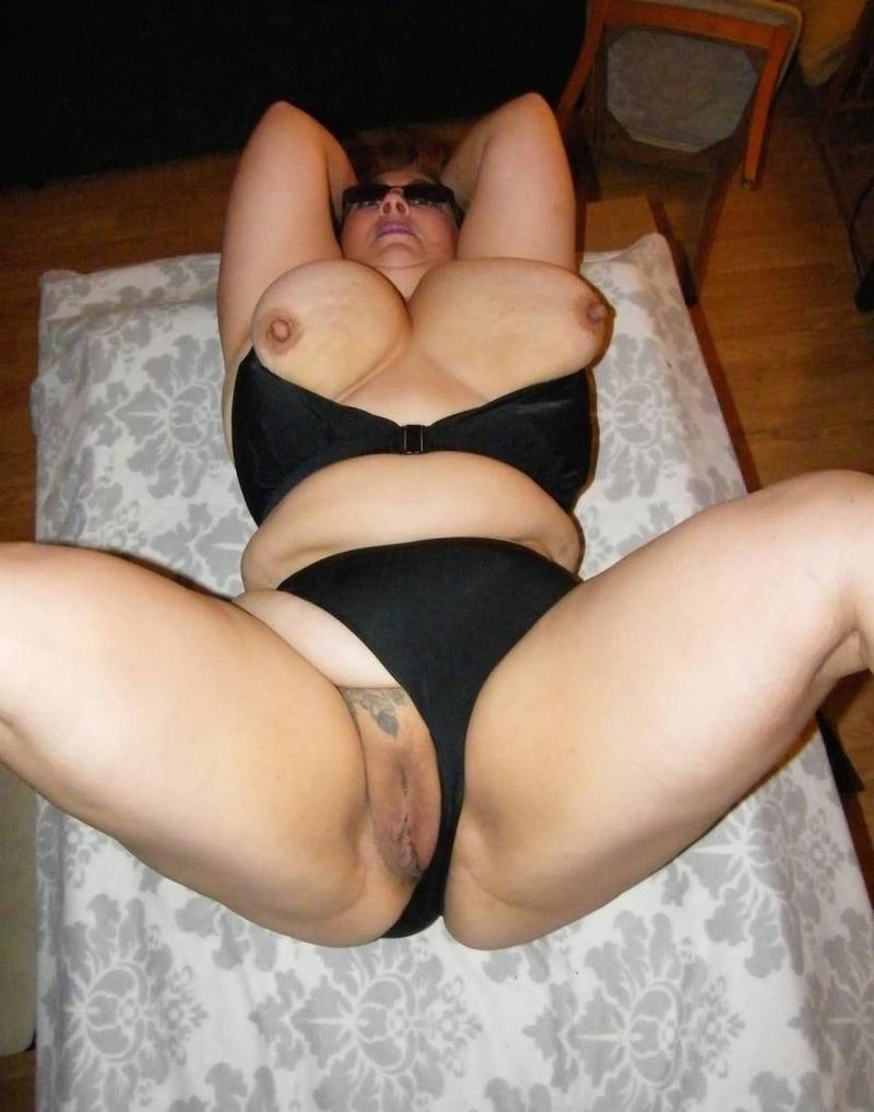 Жена брата голая 4 фотография
