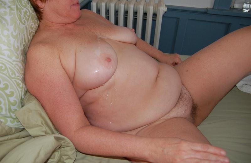 Толстые и жирные мастурбируют 23 фотография