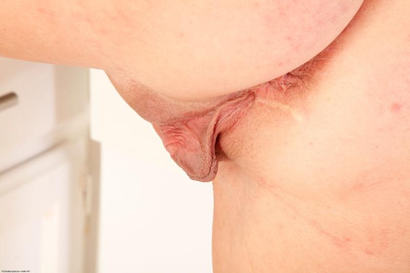 Торчащие половые губы фото 23 фотография