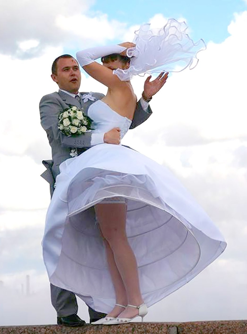 дембеля фото невест с задранным платьем задница