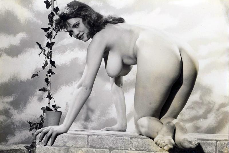 ретро видео эротических фотографий петька