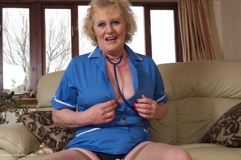 Секс массажистка возбудилась в хд качестве, жопы на показ видео