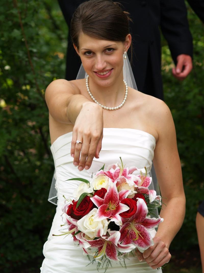 Фото девушек невест после свадьбы 10 фотография