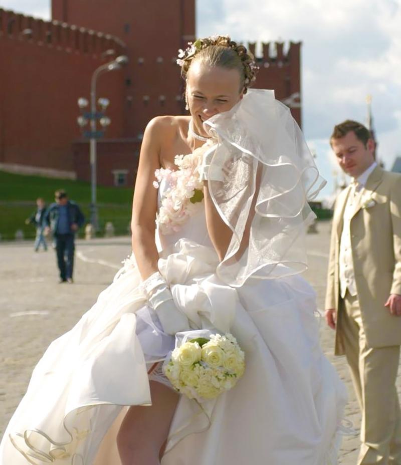 Видео невест платьем под у