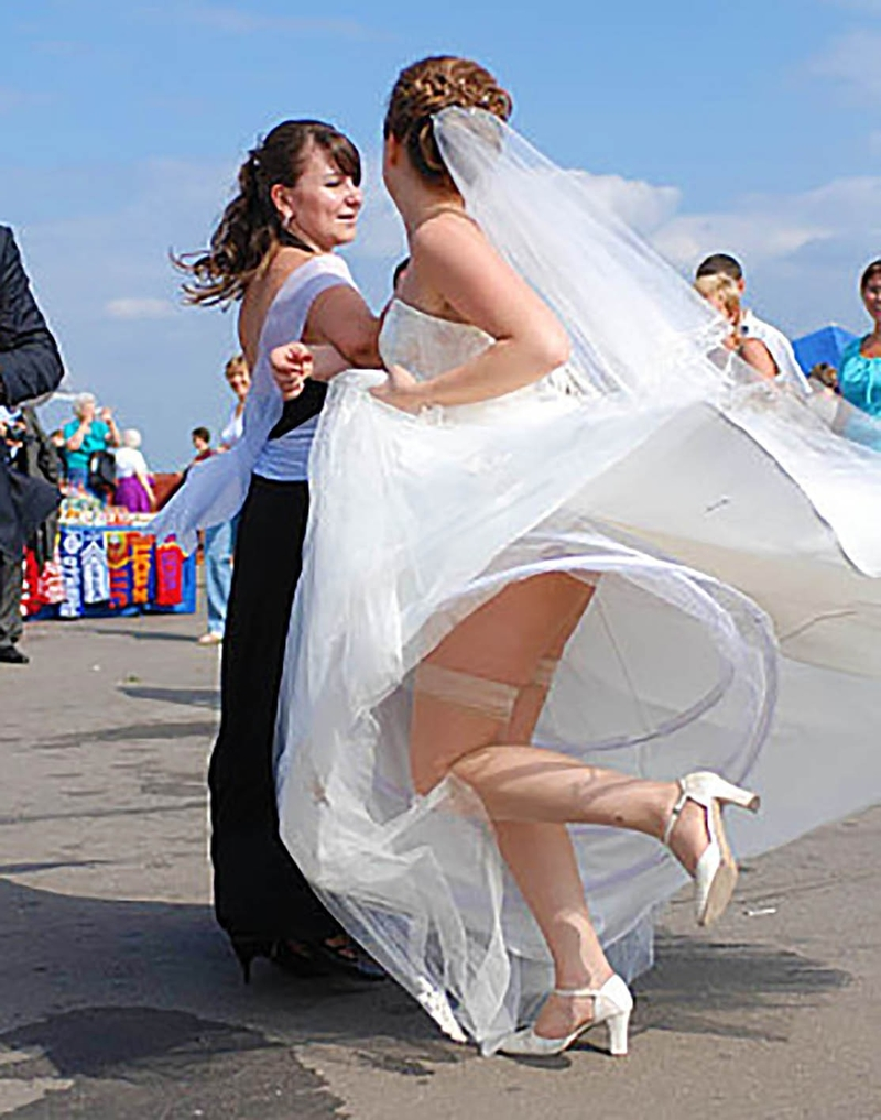 Трусики под свадвенном платьем невесты фото 26 фотография