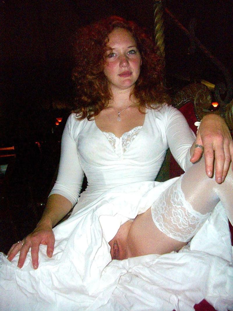 Сосет член в свадебном платье 26 фотография