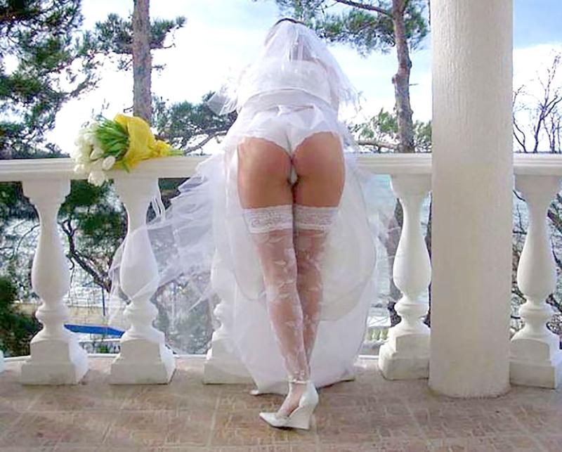 Стриптиз в свадебном платье видео