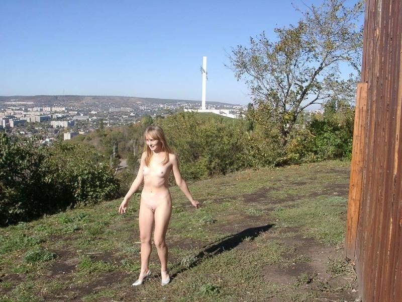 Частные фото голых телок саратовской области