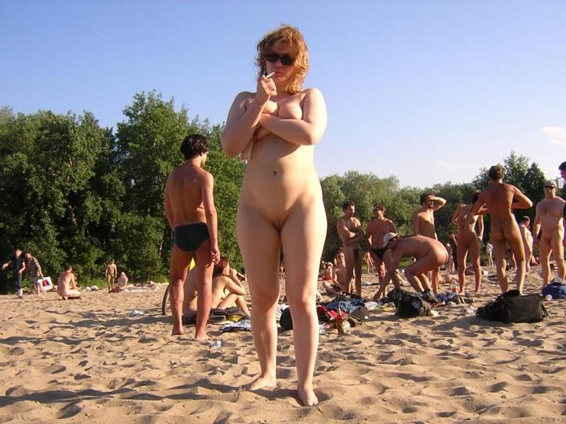 Фото мамки на пляже 2 фотография