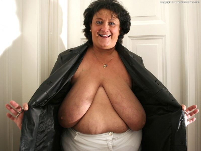 Фото груди пожилых дам 11 фотография