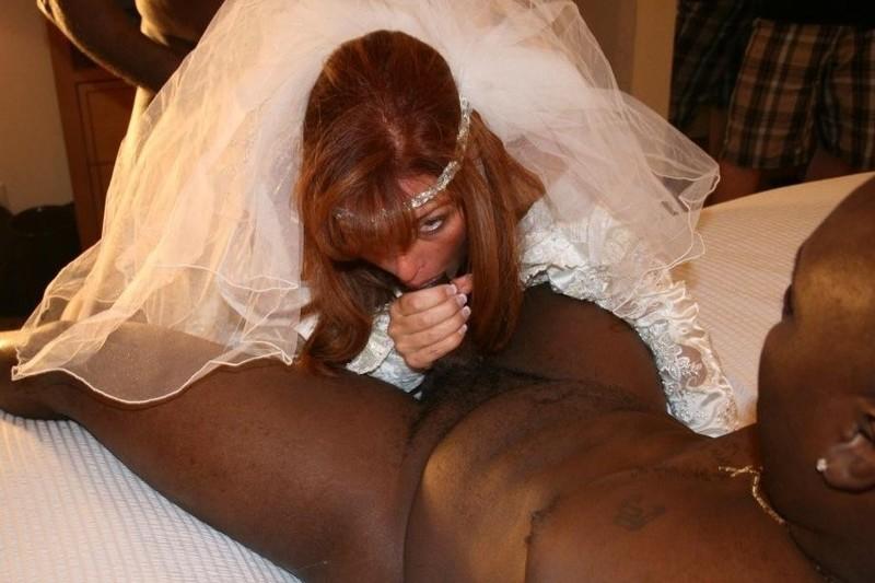 вами наблюдаем как ебут негры на свадьбе невесту парень