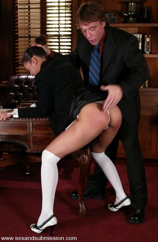 секс 18 секретарши:
