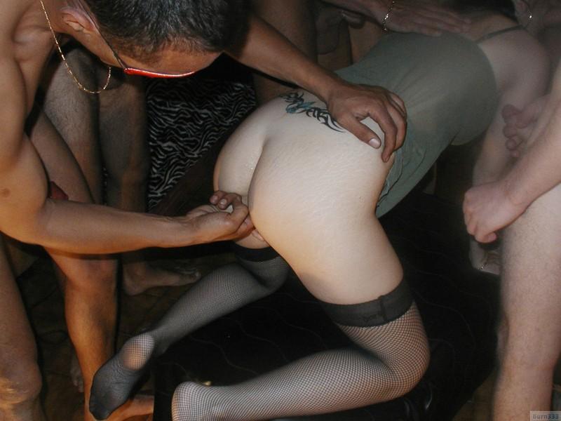 Секс много мужчин и одна женщина онлайн бесплатно в хорошем качестве 21 фотография