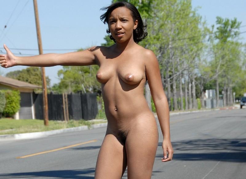 Снял негритянку на улице 5 фотография