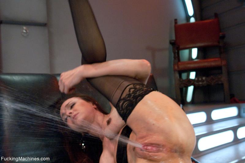 Смотреть порнуху мокрые оргазмы 4 фотография