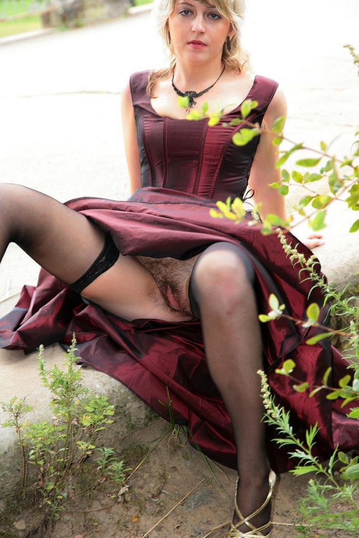 Вдлинном платье эротика фото 506-915