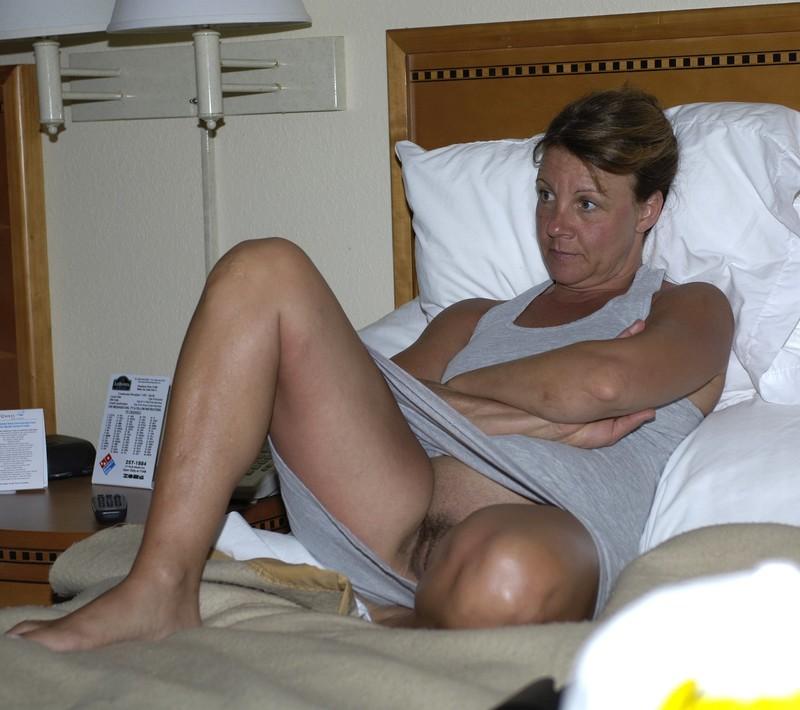 Pflegerin Mutter Bikini Gangbang