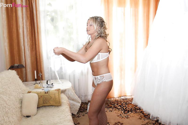 Трахали невесту за долги 26 фотография