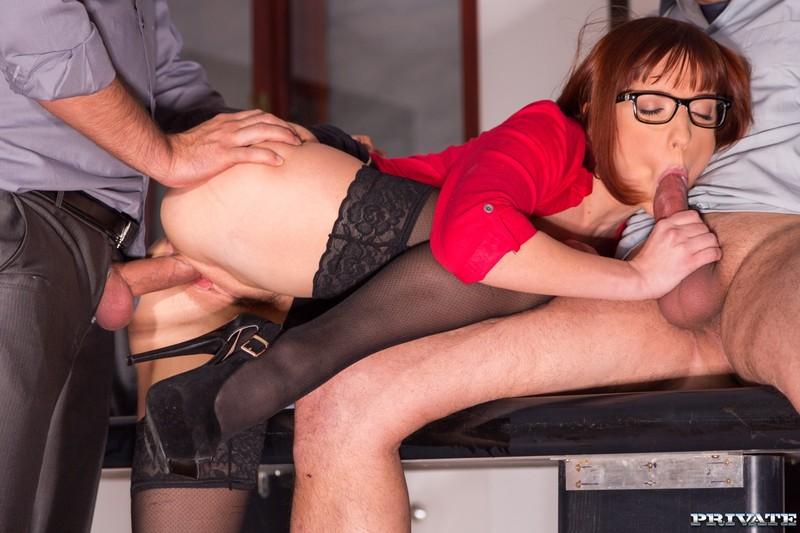 Смотреть порно как секретарша сделала миньет боссу 13 фотография