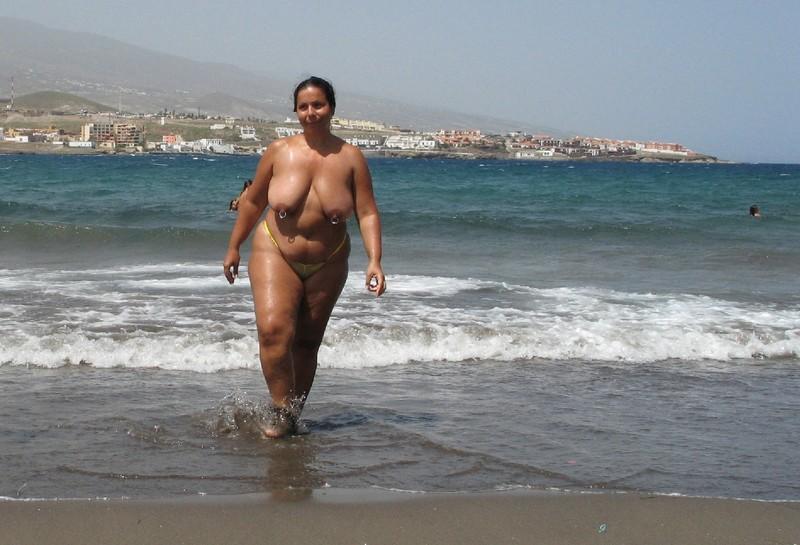 Тетя на пляже 11 фотография