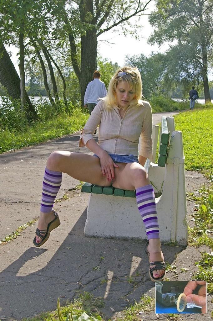 эмилия показала пизду фото