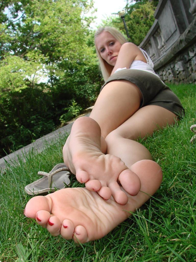 Rough sex and submission bondage