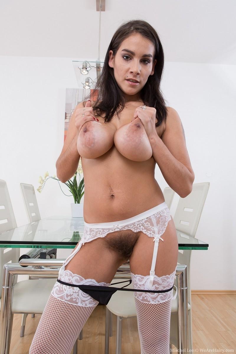 Молодые  порно фото