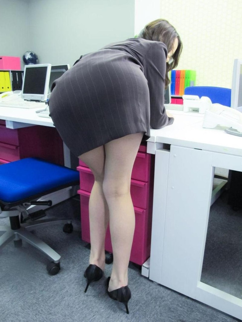 Секретаршу в обеденный перерыв 3 фотография