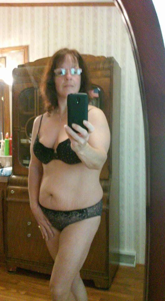 Бесплатные фото эротики голых девушек и женщин на YouBandacom