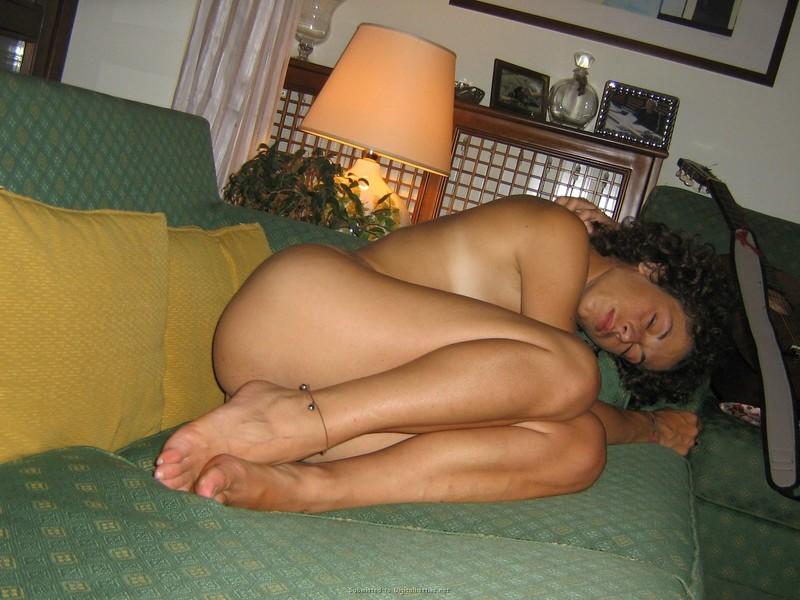 Скрытая голая спит подсматривать 30 фотография