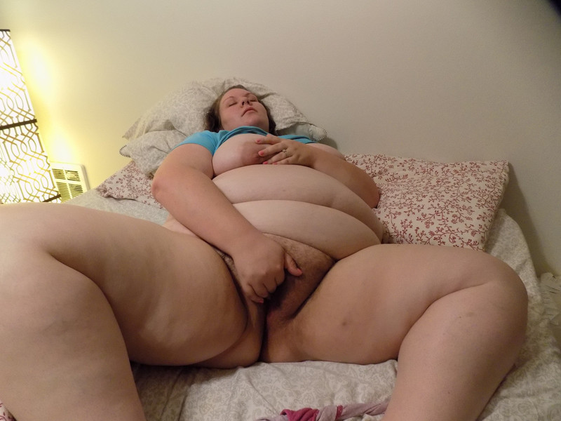 спящая толстушки порно