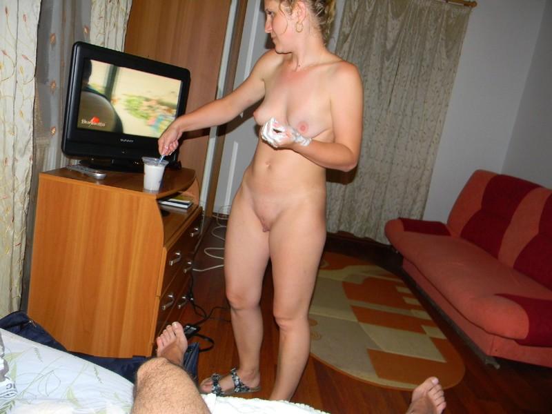 порно жена бреет мужа хуй