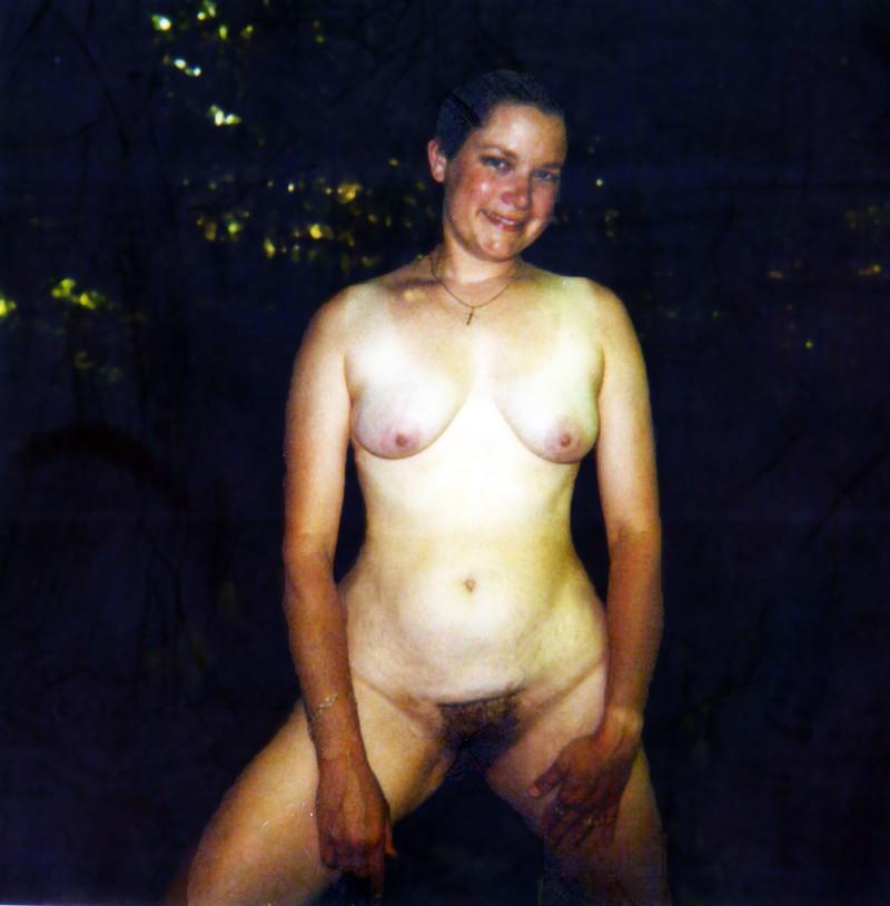 Фото жены голой в лесу 10 фотография