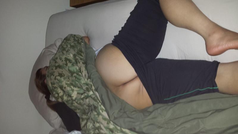 Порно фото широкие бедра маленькие сиськи