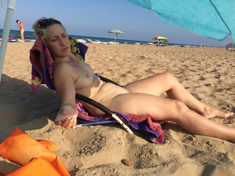 Смотреть подсмотреное на пляжах нудистов 5 фотография
