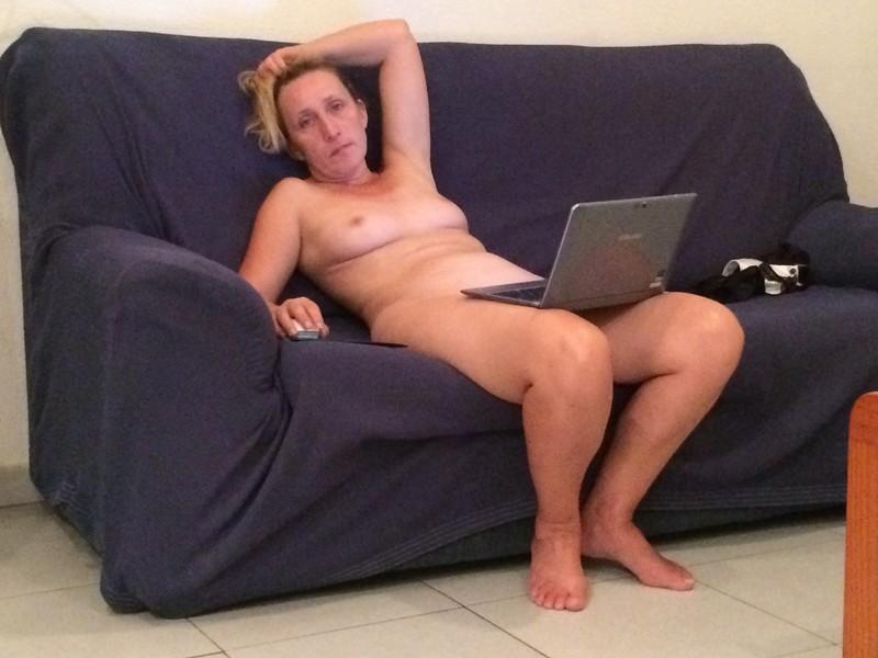 Фото женщин на нудистком пляже 1 фотография