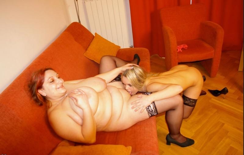 Секс лесби с очень толстых 3 фотография