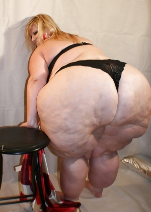фото жоп толстых баб
