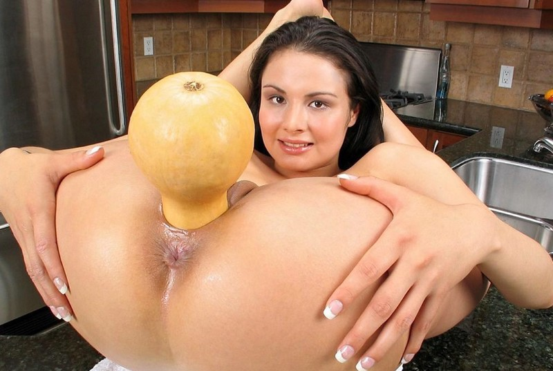 seks-izvrasheniya-s-fruktami