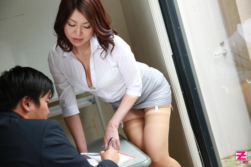 Bondage in nude woman