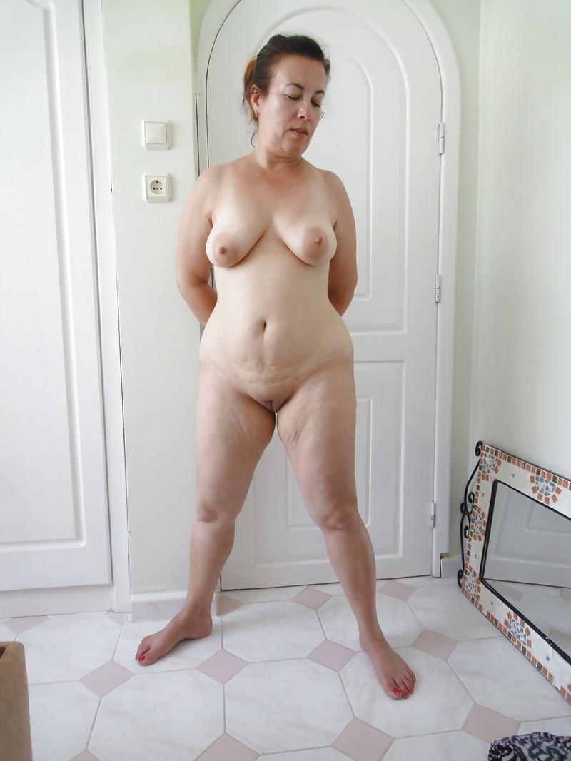 Взрослые Обнаженные Дамы Позируют Фото
