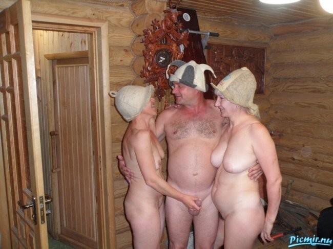 женщины и мужчины в общей бане фото порно