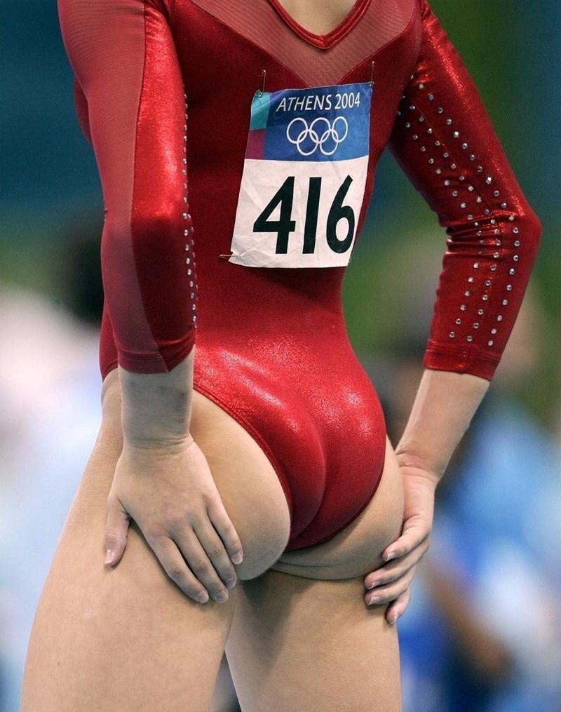 Фото спортсменок в обтянутых трусиках 7 фотография